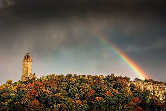 wallace monument and Braveheart