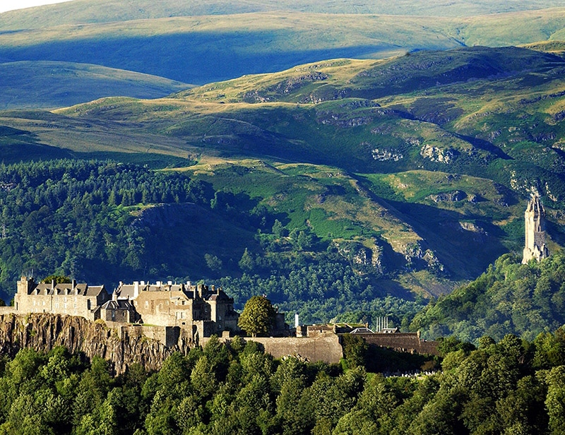 private and group tours of stirling castle